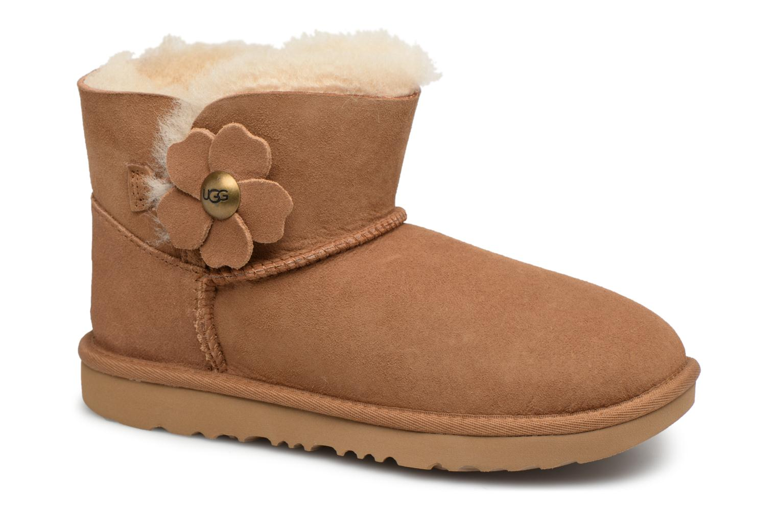 Bottes UGG Mini Bailey Button Poppy Marron vue détail/paire